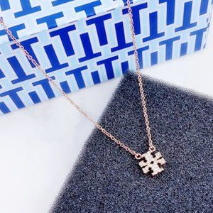 🍃Tory Burch Classic Logo Rose Gold Necklace